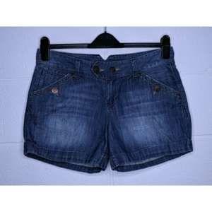 Earl Jeans 31 Jean Shorts Flap Pockets Cuffed Hem